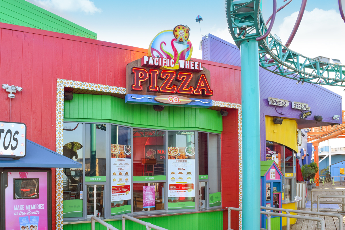 Pacific Wheel Pizza Company on the Santa Monica Pier