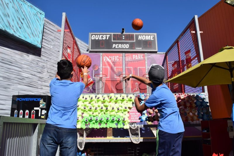 Games on the Santa Monica Pier
