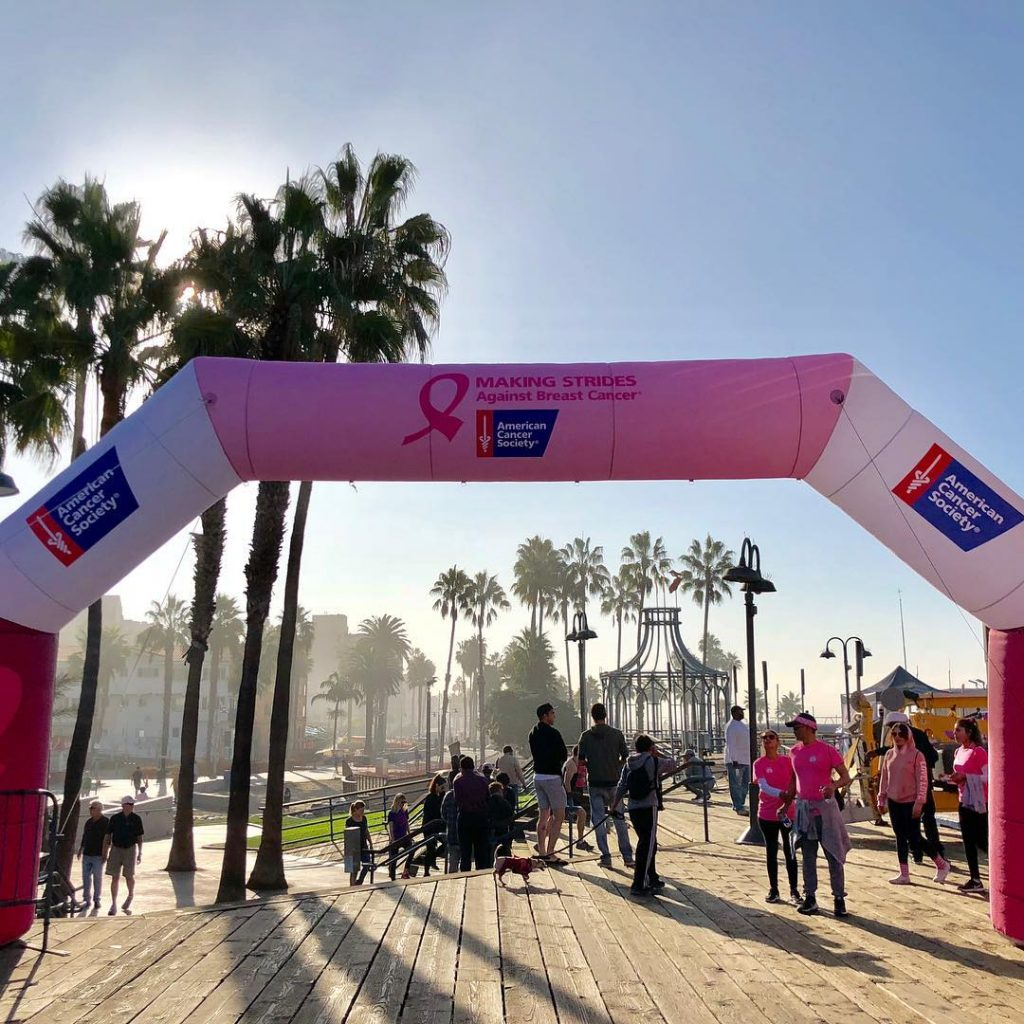 Making Strides Against Breast Cancer Walk Santa Monica | Photo by @elevateptfit