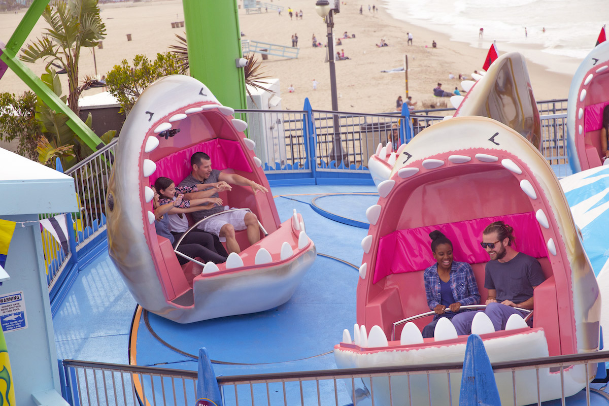 shark frenzy santa monica pier ride