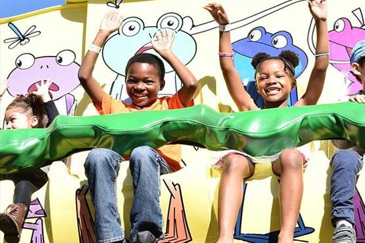 Frog Hopper kiddie drop ride on the Santa Monica Pier