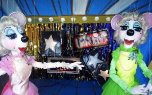 Two mice marionettes