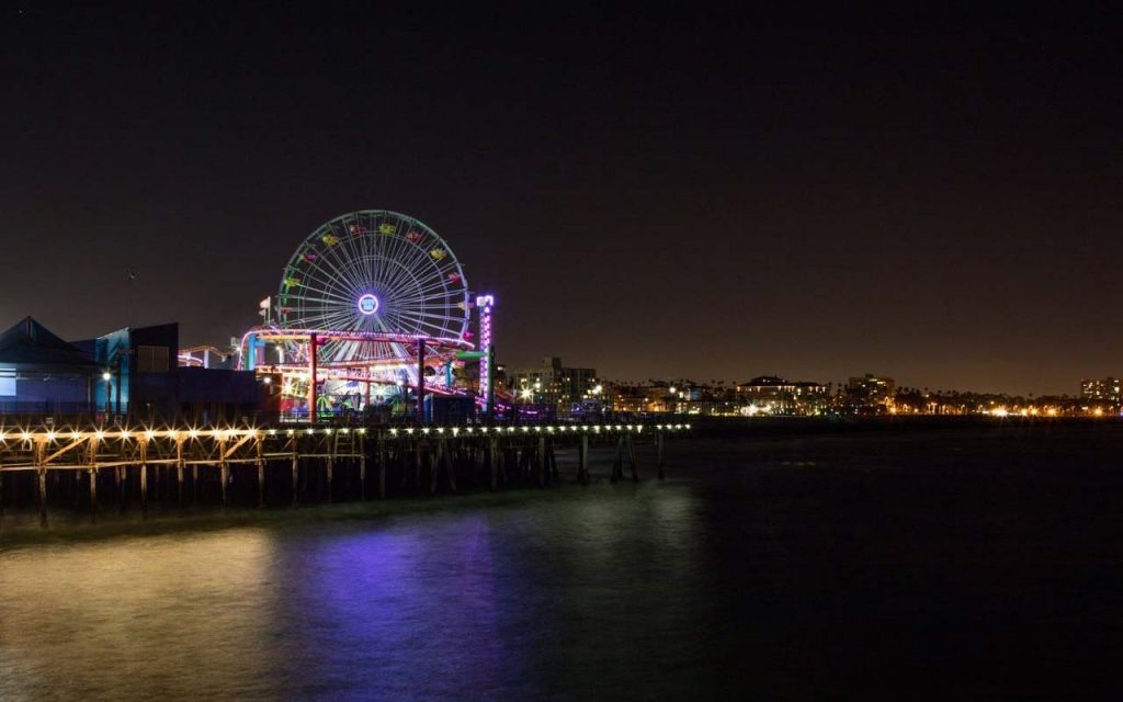 The Pacific Wheel lights turned off for Earth Hour